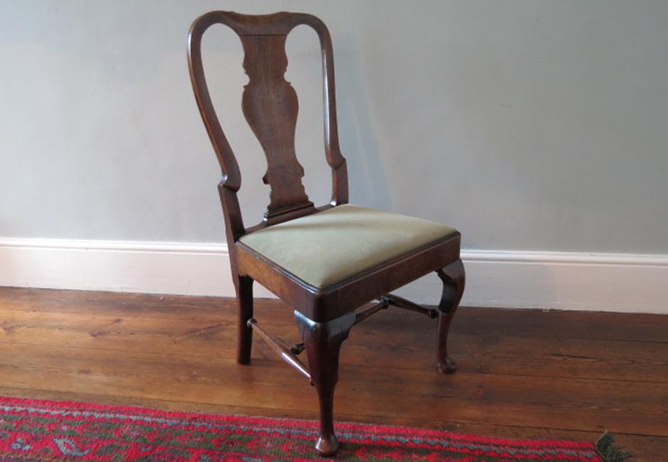George I walnut dining chair