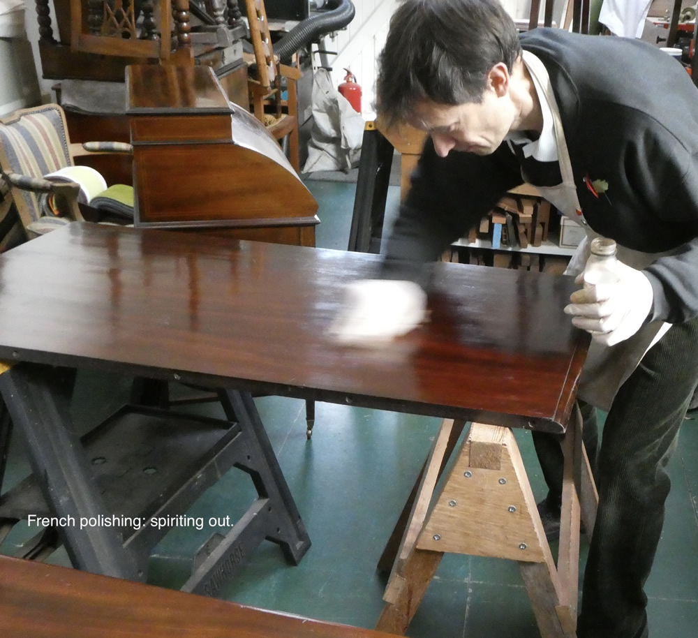 French Polishing: Spiriting out